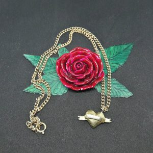 Large scroll and heart pendant necklace